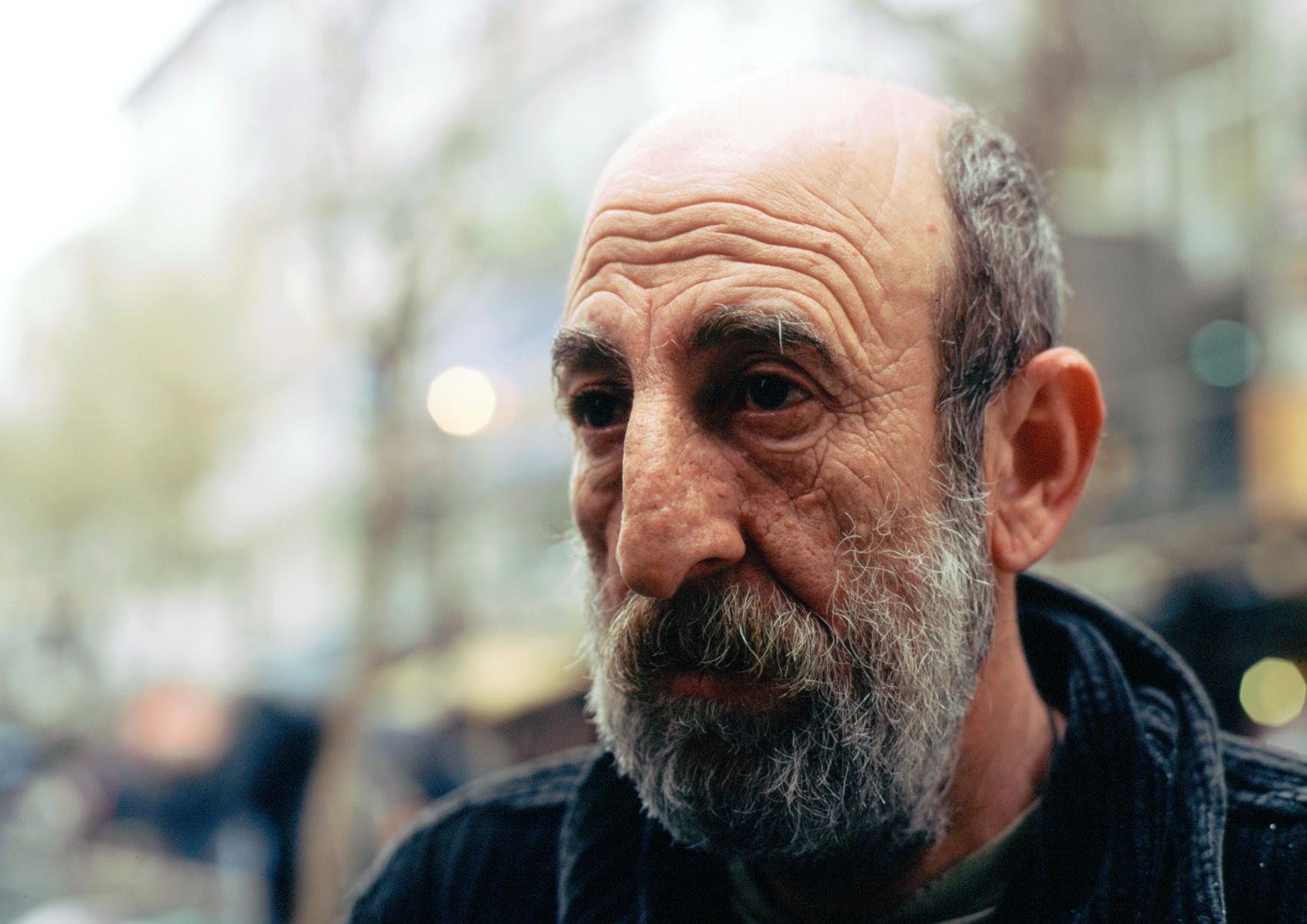 Scratch Ankara boekverkoper baard def